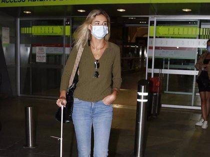 Ana Soria, sin rastro de Enrique Ponce, muestra su lado más serio y esquivo con la prensa