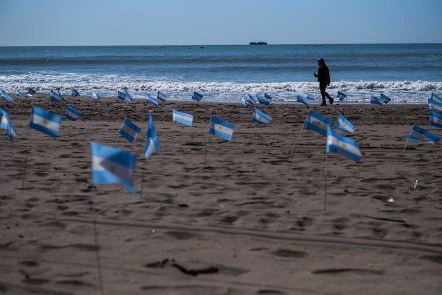 Coronavirus.- Argentina baja de los 10.000 casos diarios de COVID-19 con un dato