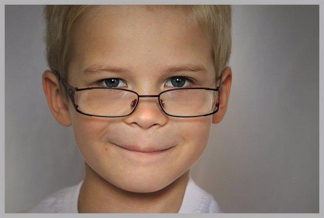 La prevalencia de miopía en niños de entre 5 y 7 años ha aumentado un 2,2% en tr