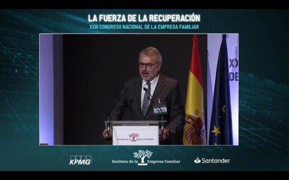 """Puig (IEF) destaca la """"estabilidad institucional"""" que representa la corona para superar la crisis"""