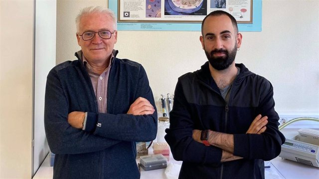 Los investigadores Ismael Mingarro y Gerard Duart