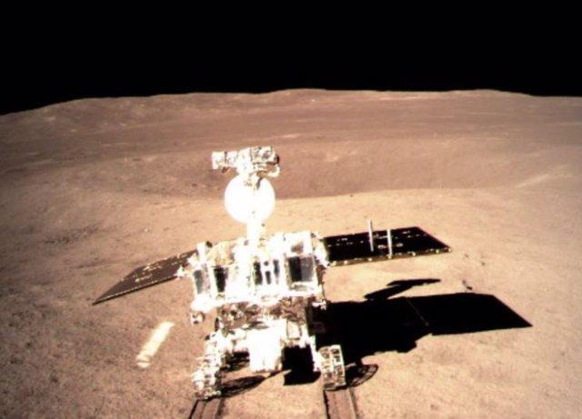 El rover chino en la cara oculta lunar acumula 565 metros recorridos