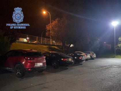 La Policía desaloja un merendero de una empresa con once jóvenes, y una cafetería abierta hasta la 1,25 horas