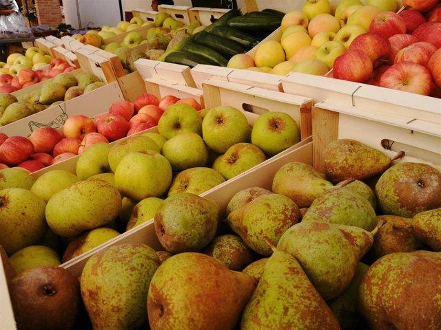 Fruta ecológica de la Feria del Valle del Manubles.