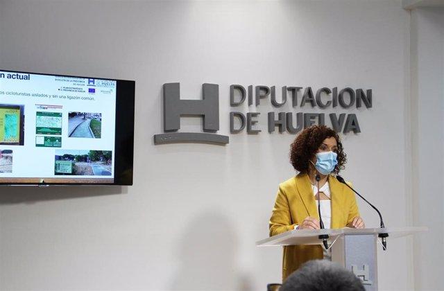 La vicepresidenta de la Diputación, María Eugenia Limón.
