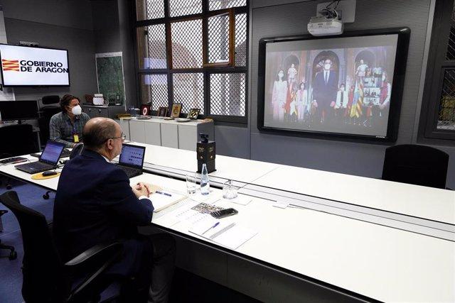 El presidente de Aragón, Javier Lambán, participa por vía telemática en la Conferencia de Presidentes autonómicos con el Gobierno central y la presidenta de la Comisión Europea.