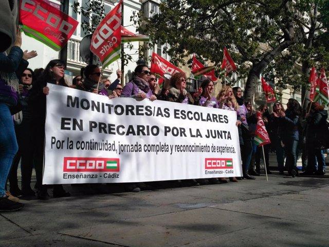Concentración del colectivo de monitores escolares en Andalucía, foto de archivo