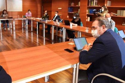 """Técnicos de C-LM advierten de la """"importante movilidad"""" que se produce en el puente de Todos los Santos"""