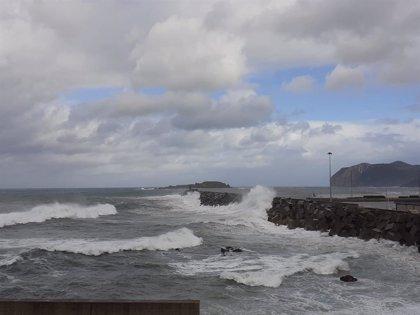 El mes de octubre se despedirá con una 'superborrasca' en el Atlántico Norte que dejará olas de hasta 7 metros en España