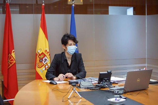 La consejera de Economía y Hacienda del Gobierno de Navarra, Elma Saiz, durante la reunión