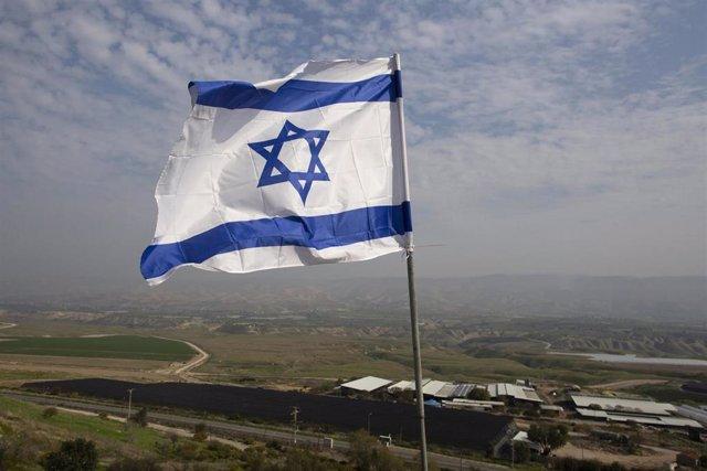 Bandera de Israel en uno de los asentamientos judíos de Cisjordania