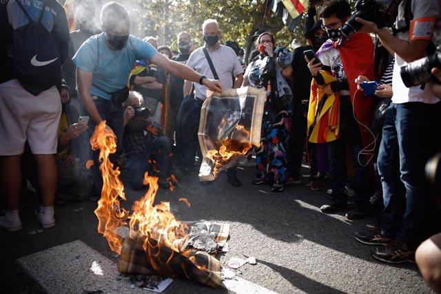 ERC lleva hoy al Pleno del Congreso su ley para despenalizar la quema de bandera