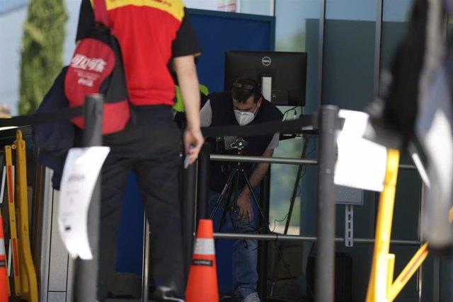 Mercedes recupera sus tres turnos de trabajo en Vitoria (Álava)