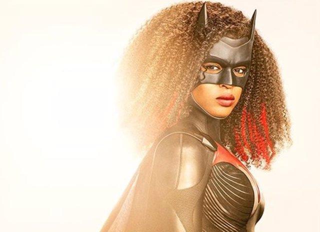 Primera imagen de Javicia Leslie con el traje de Batwoman