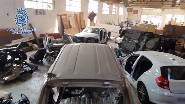La Policía Nacional desarticula un grupo criminal dedicado al despiece y venta por piezas de vehículos sustraídos