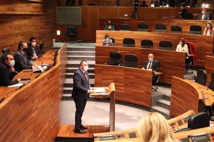 """Adrián Barbón: """"El gran objetivo es mantener las aulas abiertas hasta final de curso"""""""