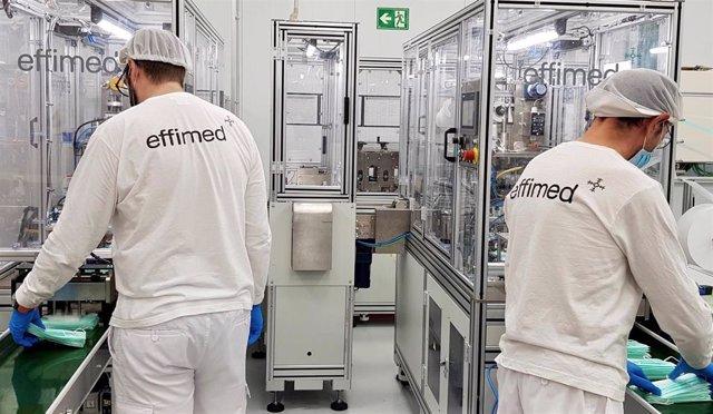 La firma cordobesa, que cuenta con una plantilla de 540 trabajadores, fabricará al mes seis millones de mascarillas quirúrgicas y tres millones de FFP2 que comercializarán baja la marca Effimed.