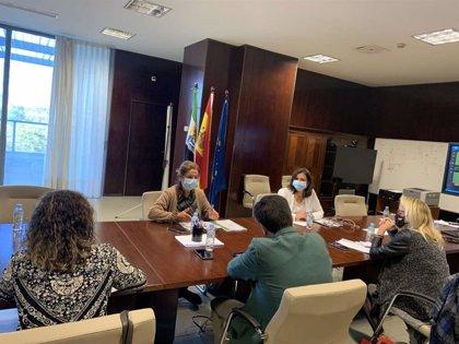 """Extremadura trabaja en un Plan para la Recuperación que camine hacia un modelo productivo """"sostenible y competitivo"""""""
