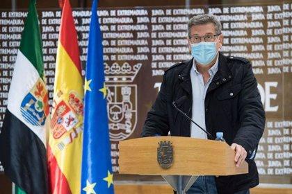 """La Junta confía en normalizar la situación del paro con """"esfuerzo"""" del tejido productivo y la aplicación de políticas"""