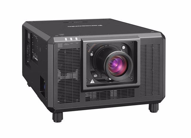 Panasonic anuncia su proyector compacto de 3 chips DLP on 4K y 30.500 lúmenes