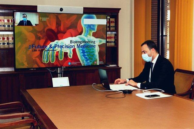 """El secretario general de Salud Digital, Información e Innovació, Alfredo González Gómez,  inaugura el """"13.O Simposio anual del Instituto de Bioingeniería de Cataluña"""""""