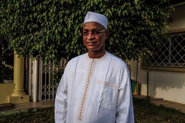Guinea.- Una misión internacional de mediación pide a Guinea la retirada del blo