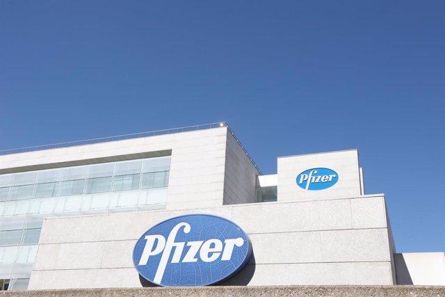 EEUU.- Pfizer enfría sus previsiones tras ganar un 71,4% menos en el tercer trim