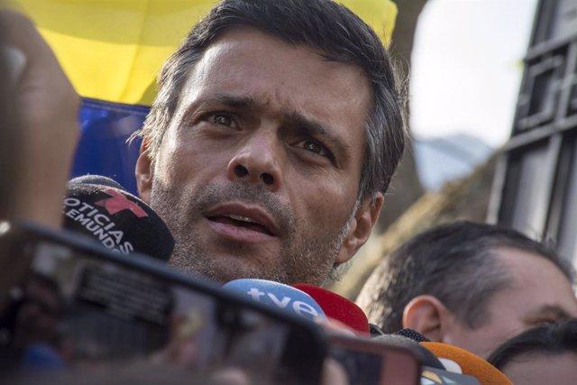 Sánchez se reúne con el opositor venezolano Leopoldo López en Ferraz