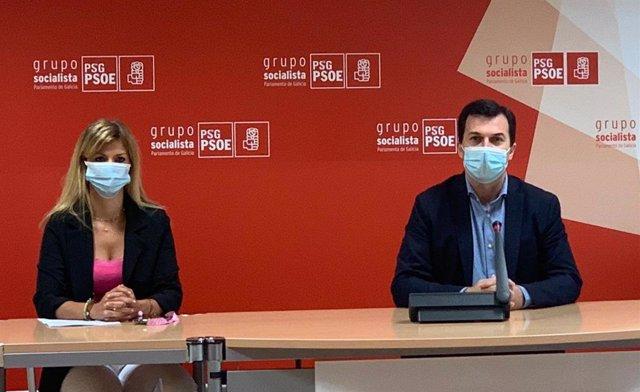 Gonzalo Caballero y Marina Ortega en rueda de prensa.