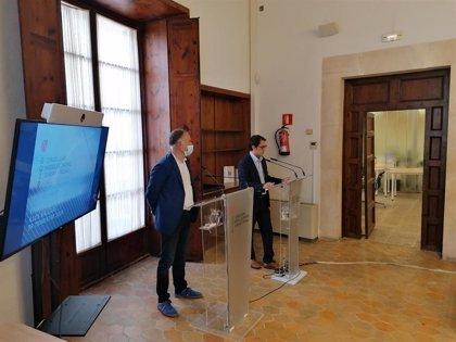 Negueruela no descarta exigir en el futuro PCR negativa a turistas como pretende hacer Canarias