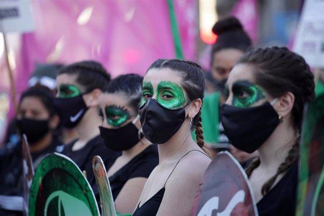 Protesta para reivindicar la legalización del aborto en Argentina