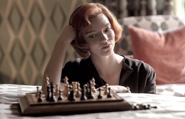 Anya Taylor-Joy protagoniza la iniserie Gambito de Dama