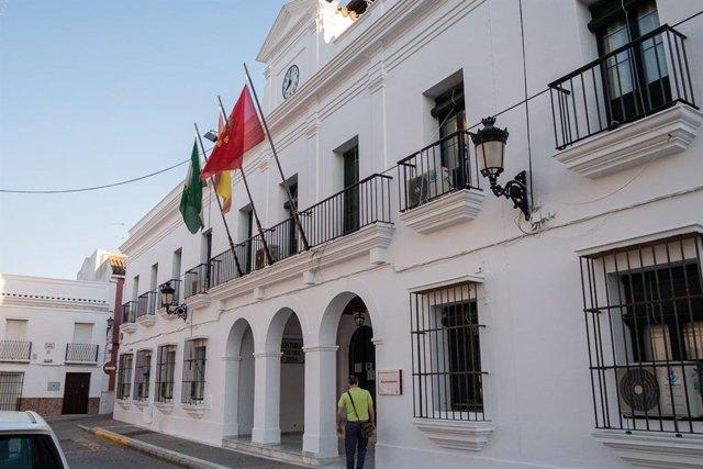 Fachada del Ayuntamiento de Trebujena (Cádiz)
