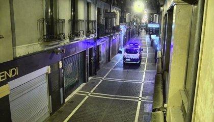 Denunciadas cuatro personas por circular en Pamplona durante la noche sin justificación
