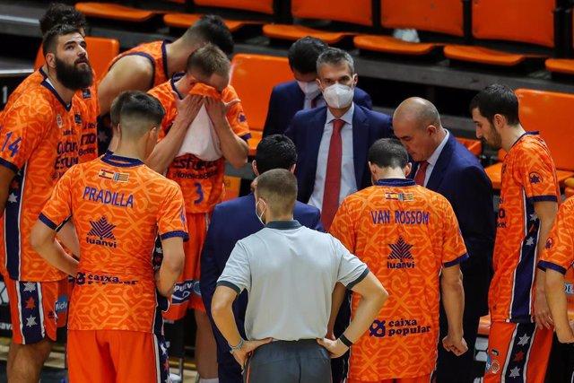 El Valencia Basket en un tiempo muerto