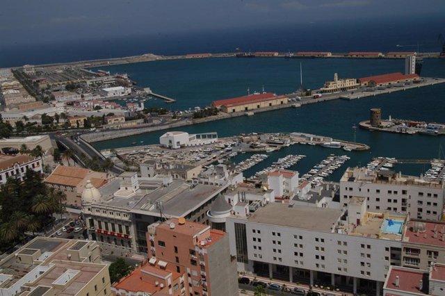 Vista aérea del Puerto de Ceuta