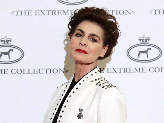 Antonia Dell'Atte en la nueva colección de 'The Extreme Collection'