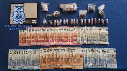 """Detenido un hombre en Badajoz por venta de droga en su casa y """"entregas a domicilio"""""""