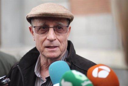 El fiscal pide 6 meses de cárcel para Ángel Hernández, el hombre que ayudó morir a su mujer enferma de esclerosis