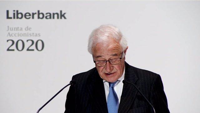 El presidente no ejecutivo de Liberbank, Pedro Manuel Rivero Torre, en la junta de accionistas celebrada el 28 de octubre de 2020.