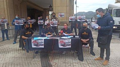 """Hosteleros se manifestarán el día 7 en las capitales vascas y Pamplona porque están """"en riesgo de desaparecer"""""""