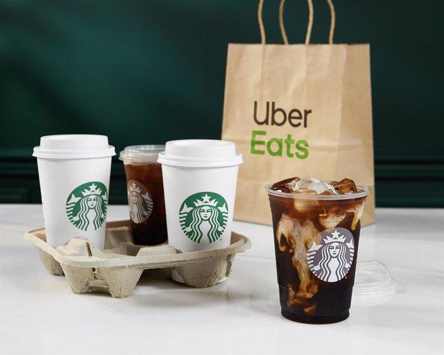 Economía.- Starbucks se alía con Uber Eats para llevar sus cafés a los hogares e