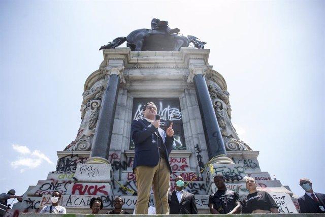 EEUU.- La Justicia apoya la retirada de una estatua confederada en Virginia pero