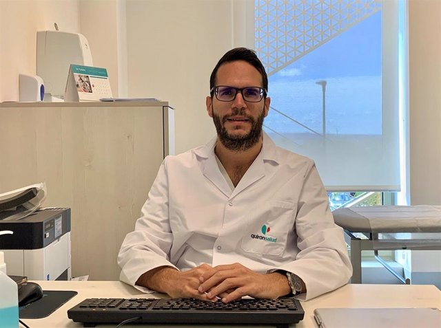 El doctor Juan Manuel Ceballos, neurólogo del Hospital Quirónsalud Córdoba
