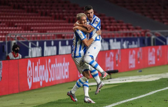 Adnan Januzaj of Real Sociedad and Ander Barrenetxea of Real Sociedad celebrate