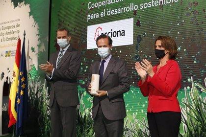 Acciona recibe el premio a la Cooperación internacional para el desarrollo sostenible