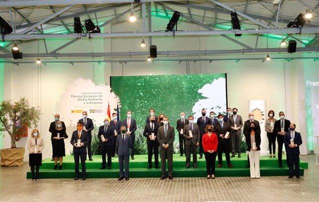 El Rey Felipe VI entrega a 25 empresas los Premios Europeos de Medio Ambiente a la Empresa, sección española.