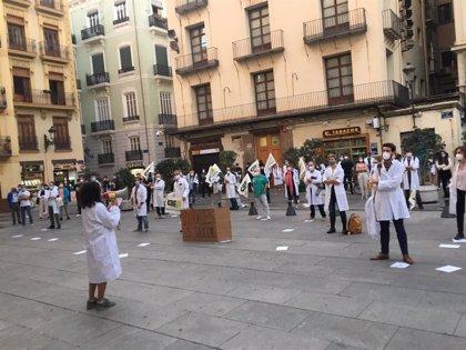 """Los MIR se concentran en València tras cien días de huelga para ser """"tratados dignamente"""""""