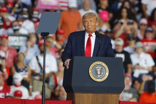El presidente de Estados Unidos, Donald Trump, durante un mitin electoral celebr