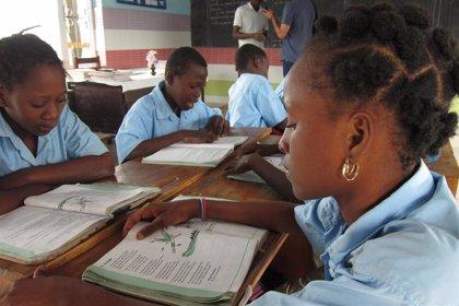 Los niños de los países más pobres han perdido casi cuatro meses de clases desde el inicio de la pandemia